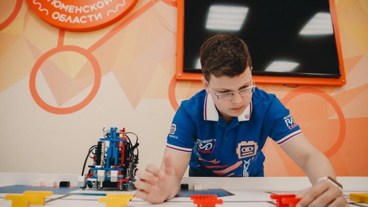 5 юных тюменских гениев: один изобретает роботов, другой покоряет горы, третий — настоящий ученый