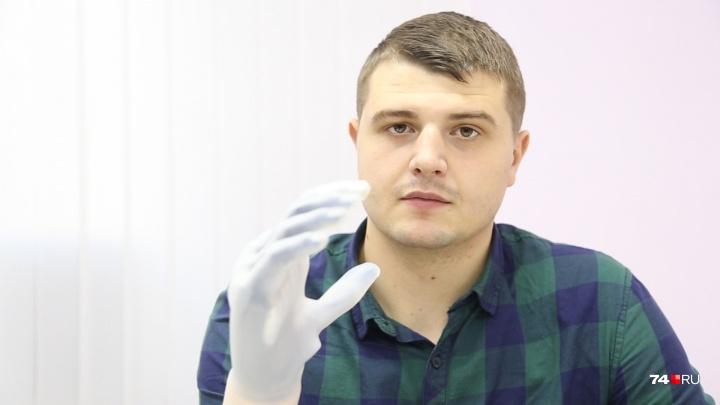 «Управляю со смартфона»: пострадавшему на заводе южноуральцу сделали руку, как у киборга