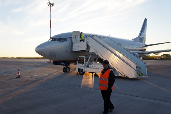 У «Нордавиа» проходят рядовые учения, поэтому самолет кружит рядом с Архангельском