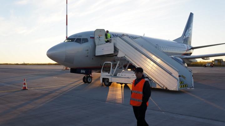 Плановая тренировка: архангелогородцев напугал самолет, круживший над аэропортом