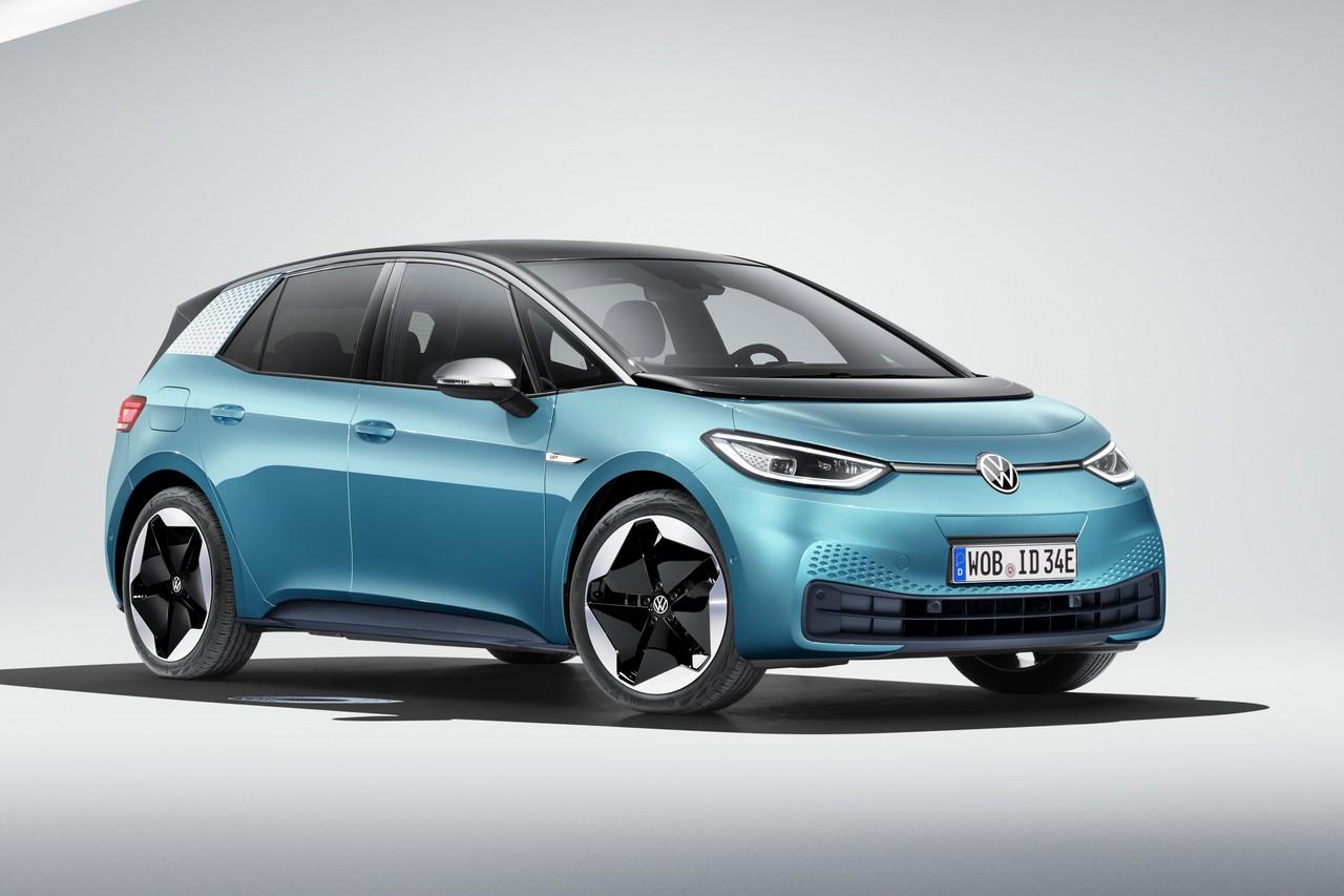 Volkswagen представил «Гольф будущего» — первый электромобиль, созданный с чистого листа под названием ID.3. Он построен на платформе MEB, которая ляжет в основу десятка электрических моделей Volkswagen и родственных ему брендов