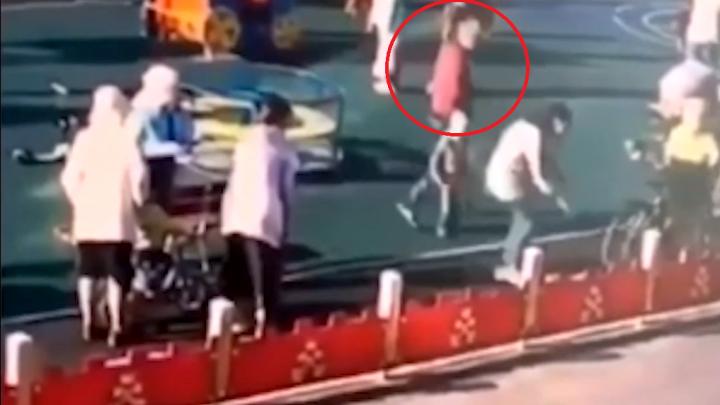 Швырнул о землю 10-летнего мальчика: в Северодвинске возбудили дело о побоях на детской площадке