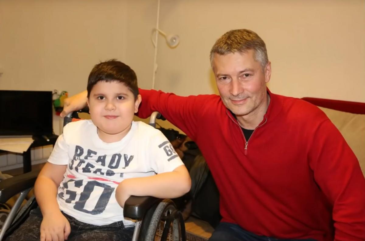 Это мальчик Даня, с которым в «Ералаше» снялся Ройзман