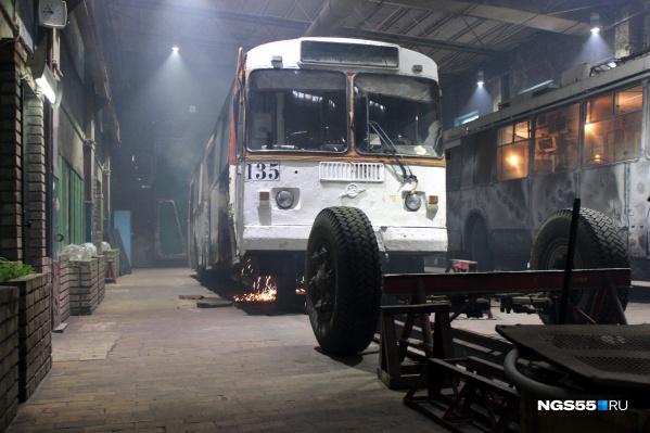 Капитально-восстановительный ремонт — единственное спасение для троллейбусов и трамваев