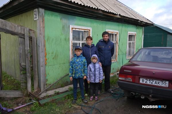 На расселение каждого из трёх десятков дворов в областном бюджете предусмотрено всего по 230 тысяч рублей