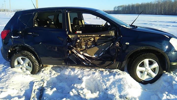 Смертельная авария в Исетском районе: водитель Nissan несколько раз перевернулся и погиб