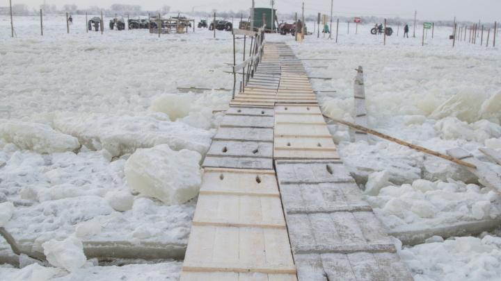 В Архангельске открыли пешеходную переправу между Экономией и 29 лесозаводом
