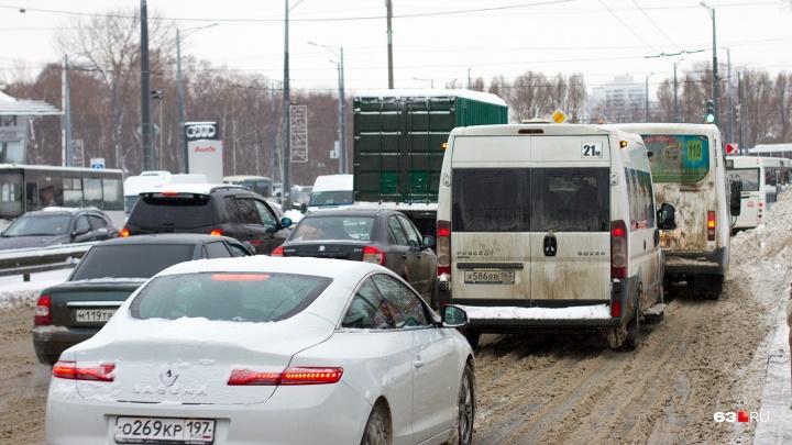 Между Московским шоссе и улицей Ново-Садовой построят новую дорогу