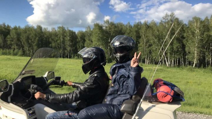 Бесстрашные красноярцы отправились в Крым на мотоциклах