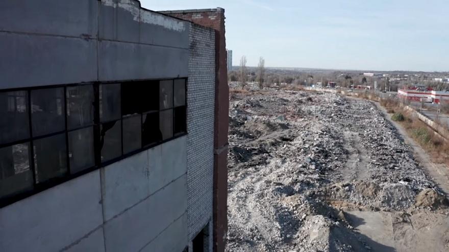 «По коже пробежал холодок»: автор проекта «Волгоградсверху» показал смерть Тракторного завода