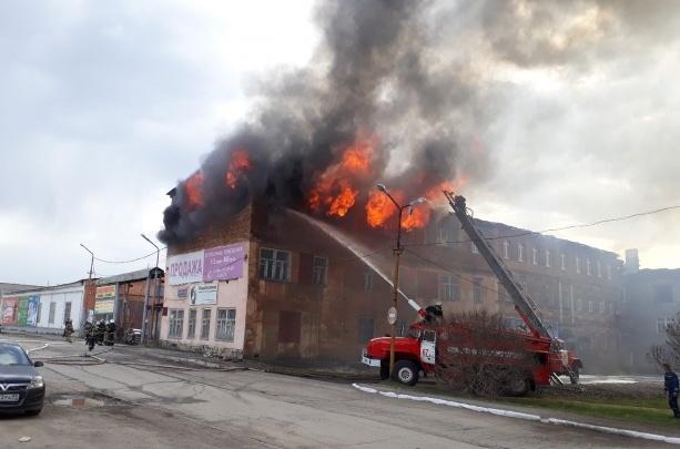 МЧС: владелец сгоревшего завода в Лысьве игнорировал нарушения по пожарной безопасности