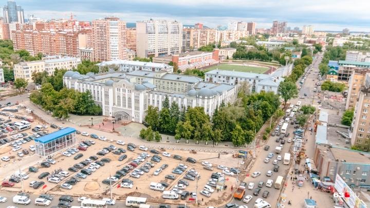 Комсомольскую площадь в Самаре украсят голубыми елями и декоративными кленами