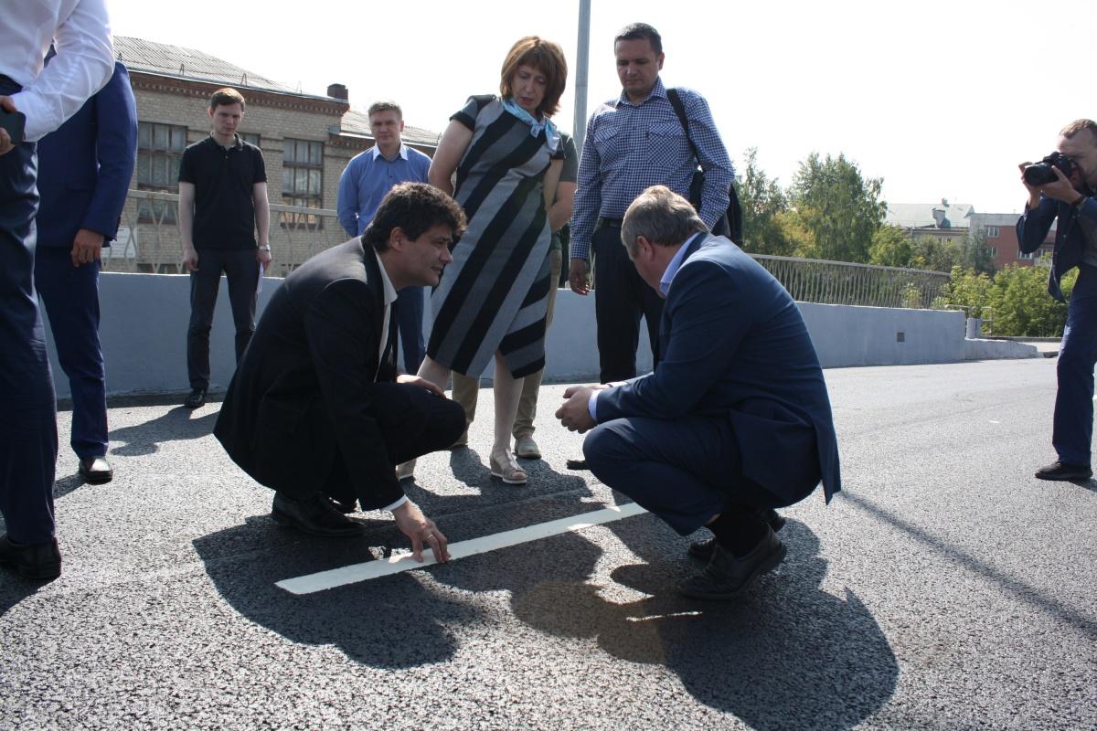 По словам мэра, отремонтированный путепровод уверенно прослужит до 2020 года, на который запланировали первый этап масштабной реконструкции