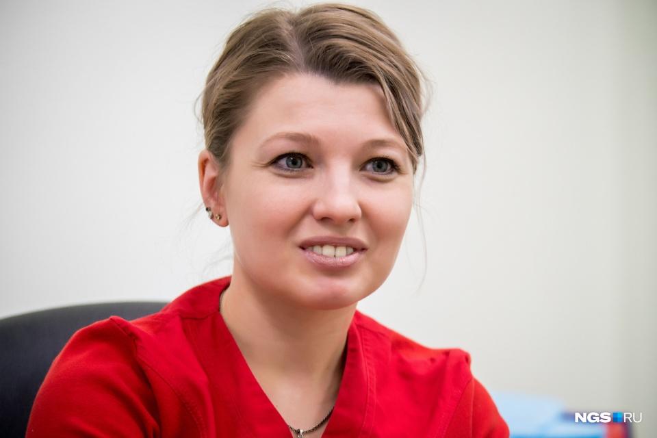 Светлана окончила НГУ, два года проучилась в ординатуре и уже полгода работает в НИИТО