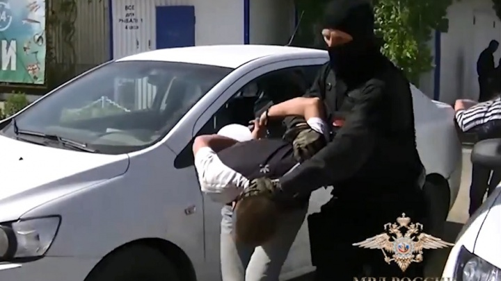 В Волгограде поймали банду, собиравшую дань с иностранных дальнобойщиков