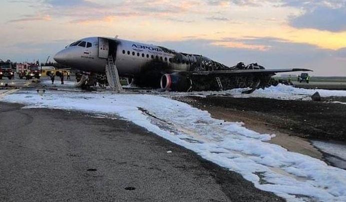 Пилоту самолета «Мустай Карим», который сгорел в Шереметьево, предъявили обвинение