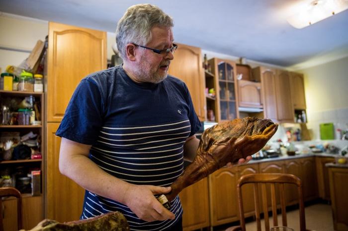 Производством мясных деликатесов юрист Алексей Крестьянов занялся в 2014 году