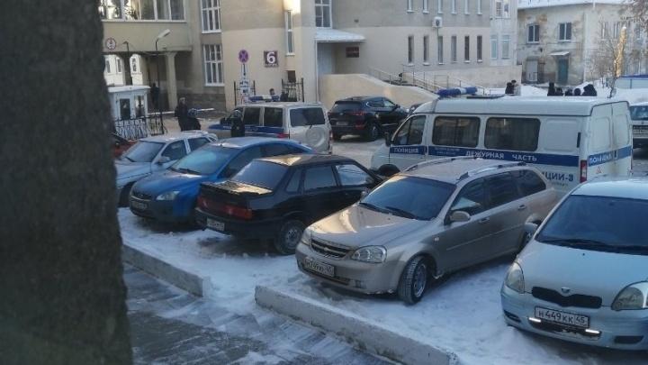 Анонимки о минировании получили шесть больниц Курганской области