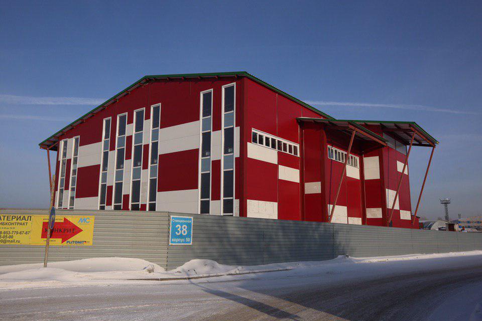 Здание предназначалось для открытия в нём торгового центра, вот только построили его без разрешительной документации