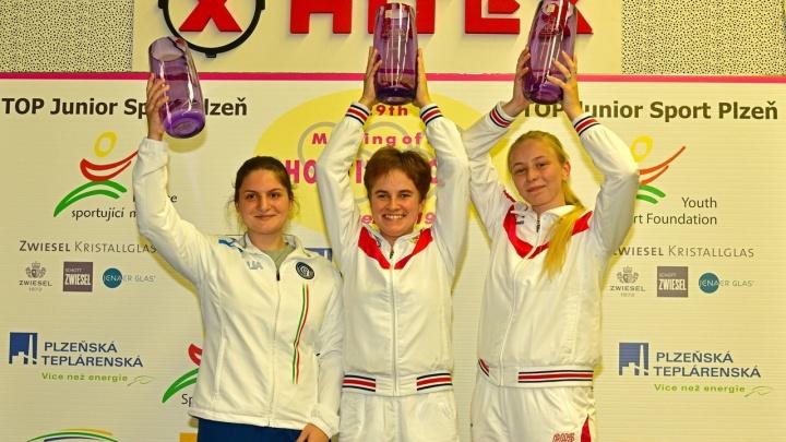 18-летняя сибирячка взяла бронзу на международных соревнованияхпо пулевой стрельбе в Чехии