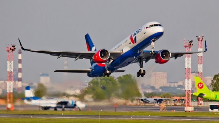«Не было тревоги и страха»: задержанный из-за бунта пассажиров самолёт долетел до Таиланда