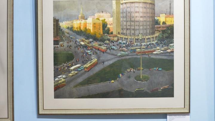 Улицы Свердловска в нежных акварелях: в Краеведческом музее открылась выставка уральского импрессиониста