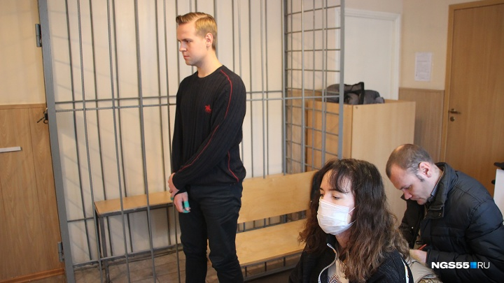 Омич, выстреливший в лицо своей девушке из охотничьего ружья, отделался штрафом в 500 тысяч рублей