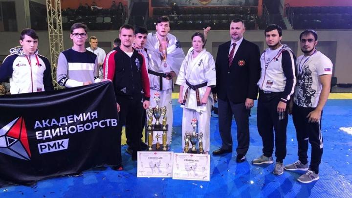 Получил травму, но продолжил бой: каратист из Екатеринбурга завоевал бронзу на чемпионате Европы