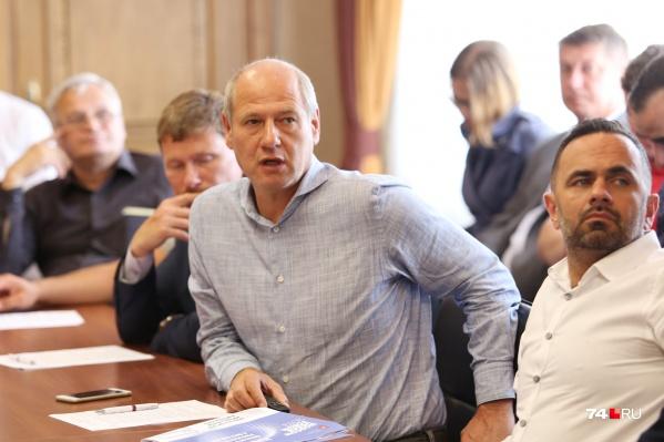Марк Болдов оценил сквер более чем в пять миллионов рублей. Он готов создать его полностью за свой счёт