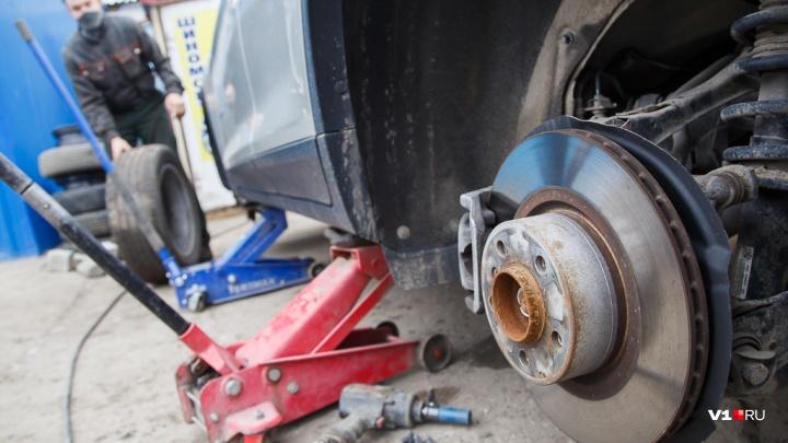 В Ольховке директор МУПа за казенный счет отремонтировал машину матери