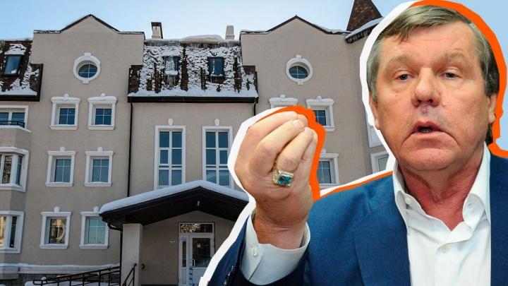 «Мы 8 лет мечтали переехать»: как живет поселок барда Новикова «Бухта Квинс», прогремевший на всю страну