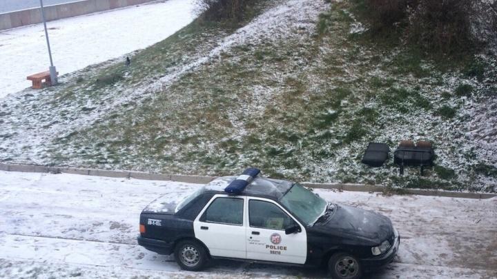 Как на набережной Архангельска оказалась американская машина полиции?
