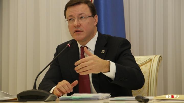 Азаров направил главе департамента информационных технологий «черную метку»