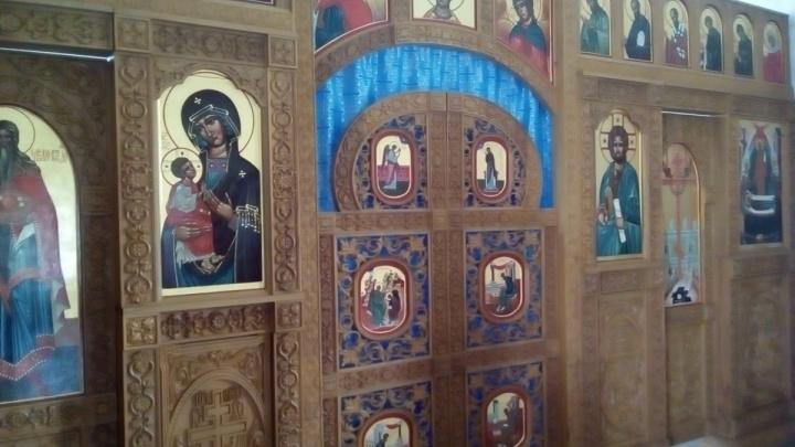 Волгоградский замначальника колонии получил год тюрьмы за выманивание у РПЦ 520 тысяч на иконостас