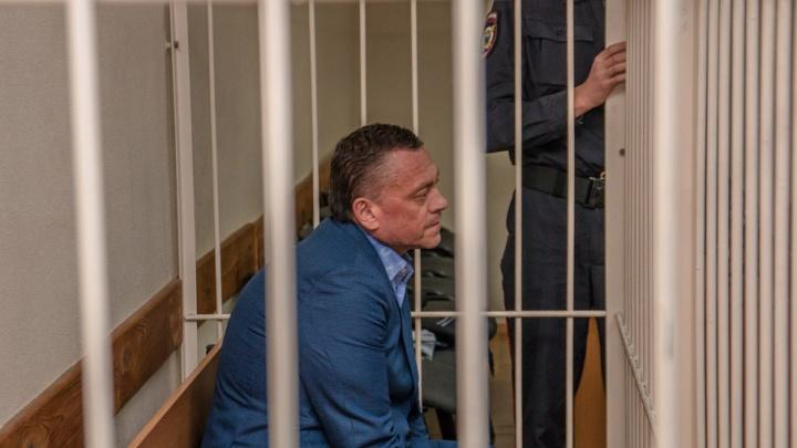 За взятку и мошенничество: гособвинитель запросил 6 лет колонии для экс-чиновника Рубакова