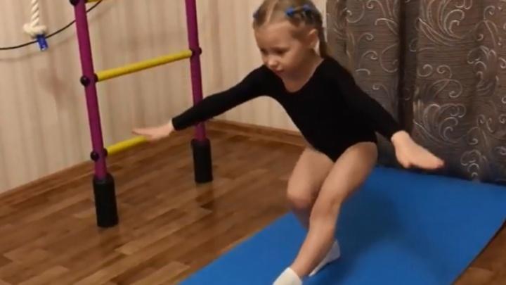 Пятилетняя челябинка поставила рекорд России по приседанию на одной ноге
