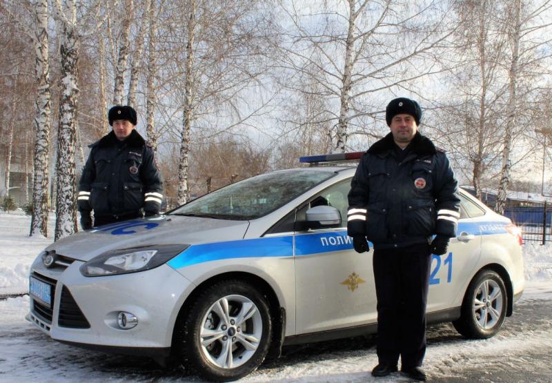 ВКузбассе работники ГИБДД помогли мужчине, умиравшему отпотери крови