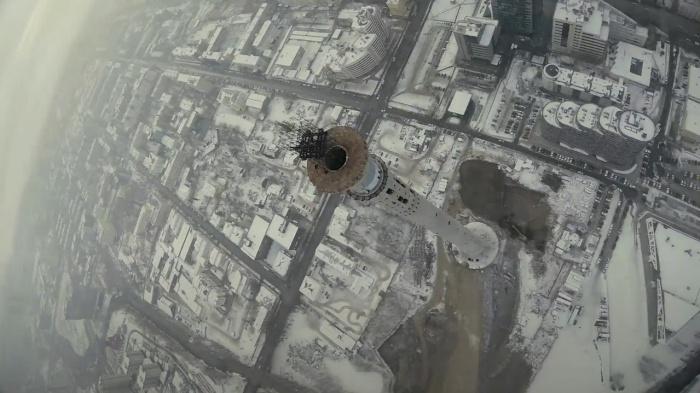 Летающая камера сняла долгострой с необычных ракурсов