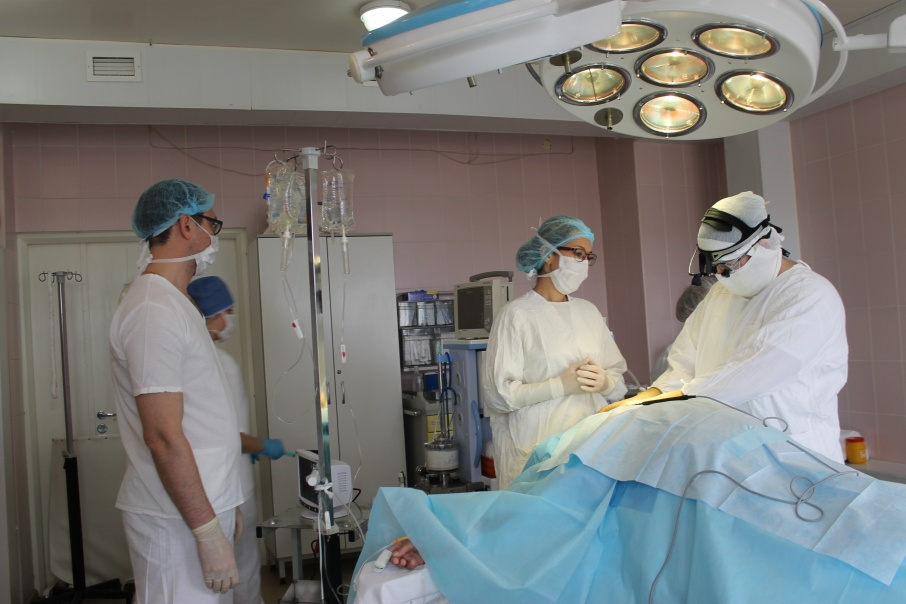 Хирургам пришлось остановить сердце, чтобы заменить повреждённый сосуд