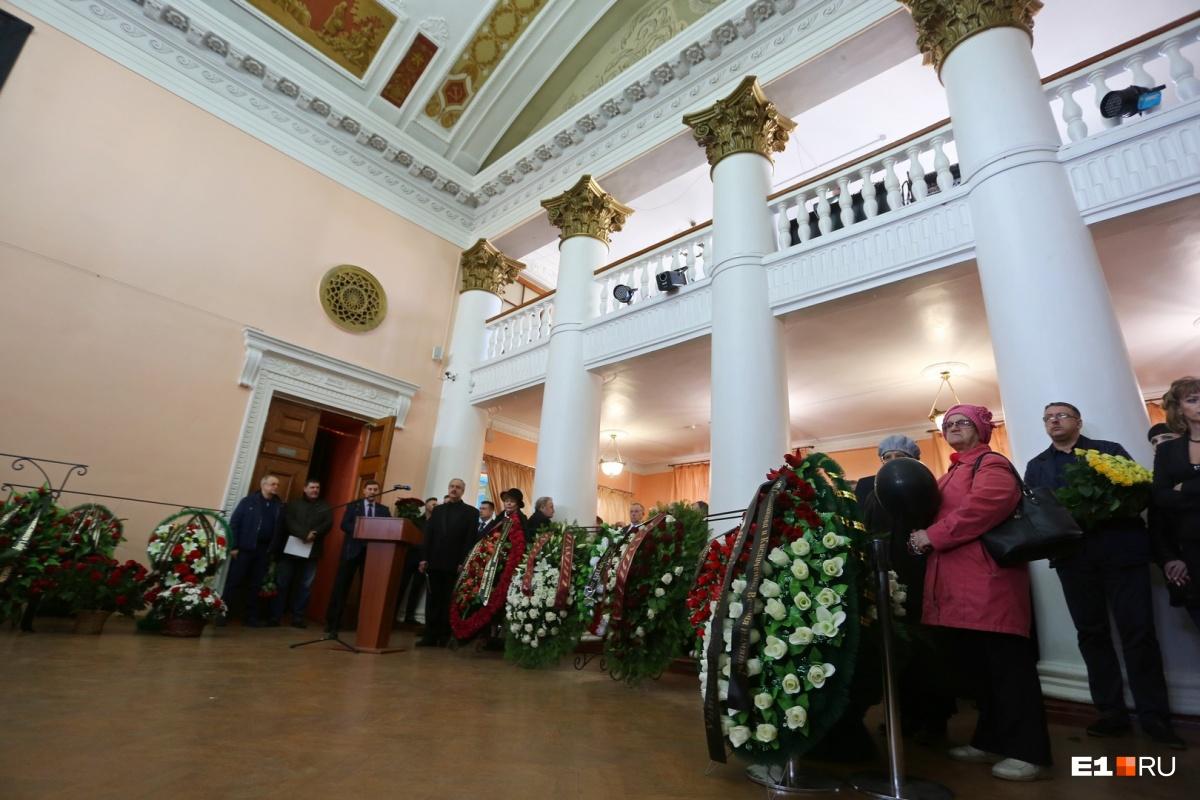 Человек, который спас целый город: на Урале простились с Владиславом Тетюхиным