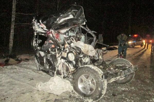 В аварии погибли пять человек