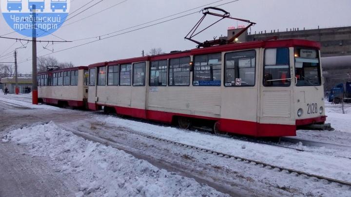 В Металлургическом районе Челябинска в обход закрытого на ремонт моста запустили бесплатный трамвай