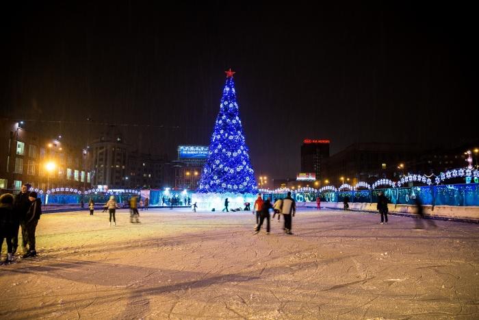 Этой зимой катка на площади Ленина не будет — его перенесут в Центральный парк