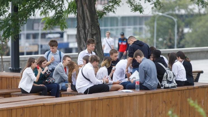 «После трагедии в Саратове родителям страшно»: в Волгограде отодвинули строительство новой школы