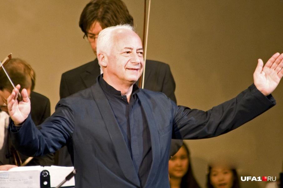 Каждый год под руководством Спивакова в Уфе проходит Международный конкурс скрипачей