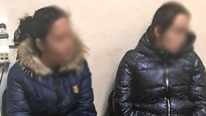 Поджидали детей и шли за ними домой: поймали цыганок, которые грабили квартиры в Тюмени