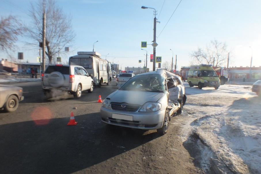 Обстоятельства аварии с маршрутным автобусом уточняются