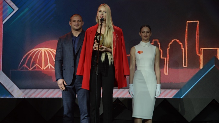 «Для нас это был вызов»: победители Народной премии E1.RU — о том, зачем и как боролись за статуэтку