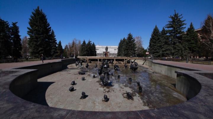 «Театральная площадь кому нужна?»: Наталья Котова отчитала подчинённых за ремонт в центре Челябинска