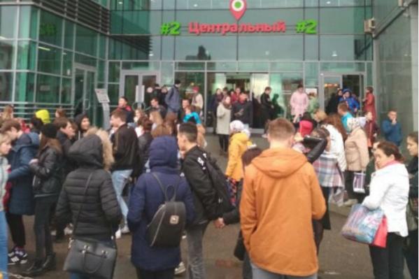 Горожан эвакуировали из-за ложных звонков